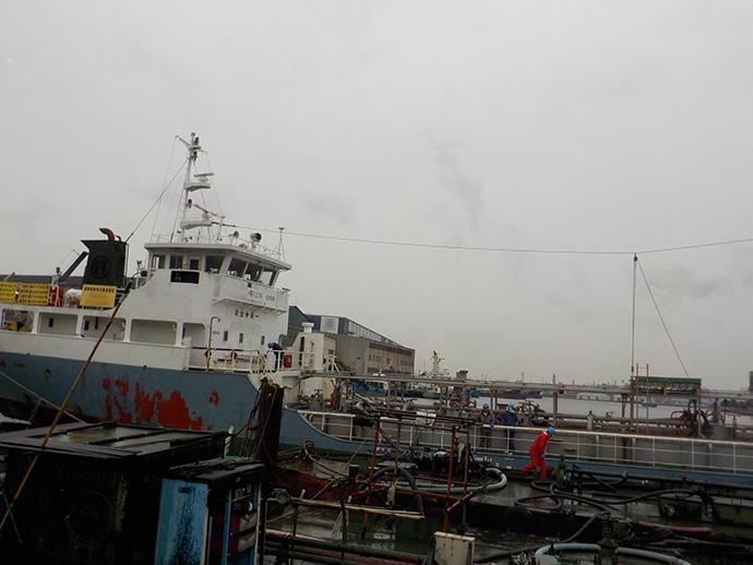 船舶内A重油保管タンク(6KL)脱脂洗浄工事